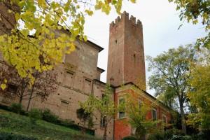 Castelnuovo Fogliani, il castello