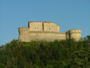 Il castello medioevale in cui morì Cagliostro