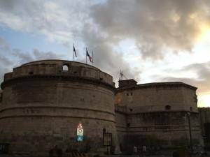 ampia schiarita sul Forte Michelangelo