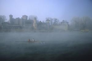 la nebbia che avvolge il castello