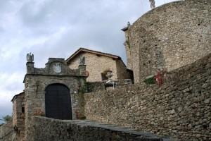 Compiano, ingresso al castello