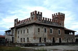 uggiosa la giornata ed anche il castello