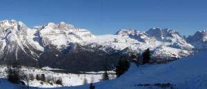 Panoramica delle Dolomiti di Brenta Innevate