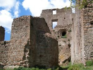 Resti del Castello Orsini-Altieri