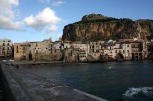 La Rocca vista dal molo antico