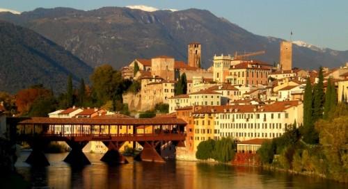 """Bassano del Grappa - Il nostro caro """"vecchio"""" ponte."""