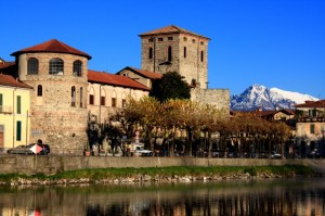 Castello di Brivio con torre