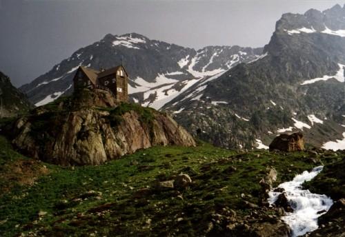 Vinadio - Panorama con rifugio5