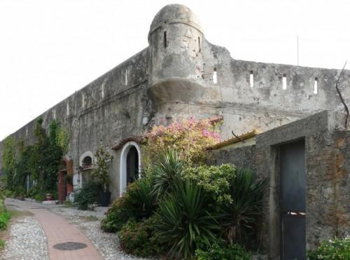Ventimiglia - Le Mura di Ventimiglia Vecchia