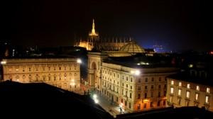 Notte in Piazza della Scala