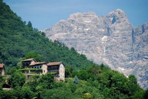 abitazioni a Montagne