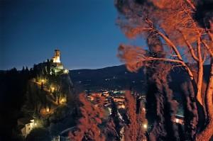 Torre dell'Orologio di Brisighella in una ventosa serata di luna piena