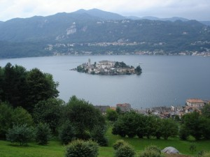 Isola di San Giulio dal Sacro Monte di Orta