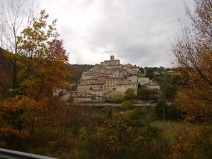 Palazzo di Arcevia: visioni rubate alla natura