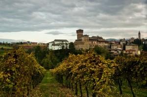 Castelvetro (Castello e panorama)