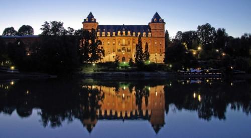 Torino - Castello sul fiume
