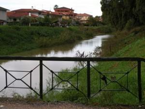 il canale che costeggia il lungo botte