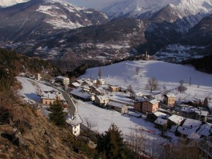Saint Nicolas - Le case e la Chiesina