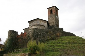I castelli della Garfagnana: la rocca di Ceserana
