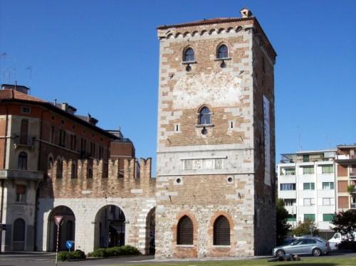 Udine - Torre e Porta Aquileia 2