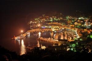 Isola del Giglio Porto, notturno affascinante.