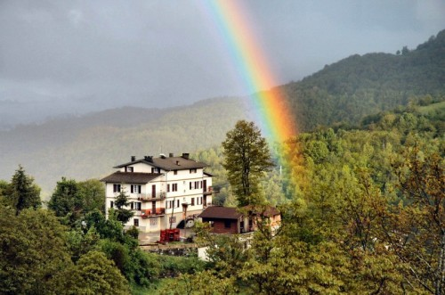 Bedonia - Dove nasce l'arcobaleno