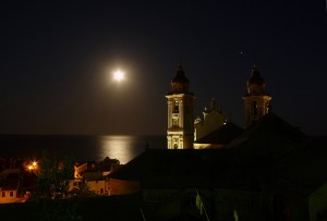 Venere e la luna sorridono a Laigueglia