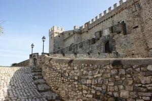 L' entrata al castello di Nerola