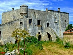 Masseria fortificata in abbandono