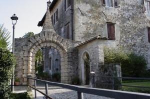 Castello di Strassoldo, una porta.