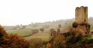 CASTELLO DI CARPIGNANO (San Severino Marche sec. Xlll)