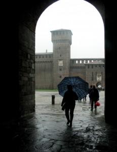 una giornata di pioggia al castello sforzesco