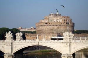 Castel Sant'Angelo visto dal Lungotevere dei Sangallo