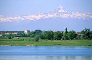 Area estrattiva di Cascina Rotta e il lago