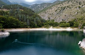 Il nero lago