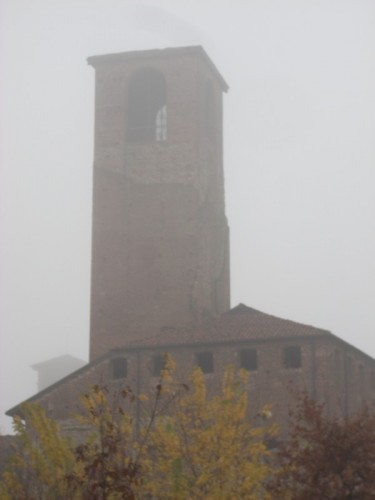 Carmagnola - D'in sù la vetta de la torre antica...