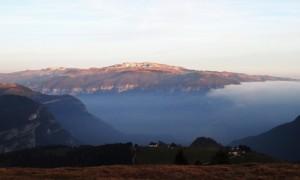 Vista dal Col del Rosso su Col D'Echele e Monte Grappa