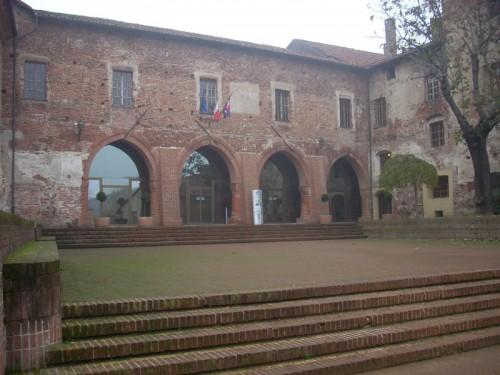 Carmagnola - Oh che bel castello...