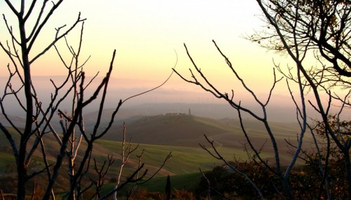 Motta Montecorvino - Tra le nebbie del mattino