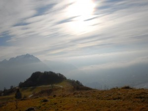 sole e nebbia . . .