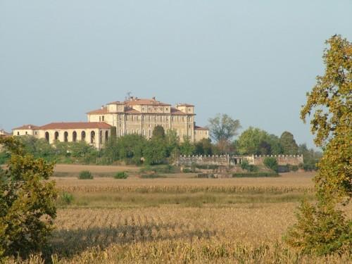 Orio Litta - Villa Litta dall'argine dell'Adda