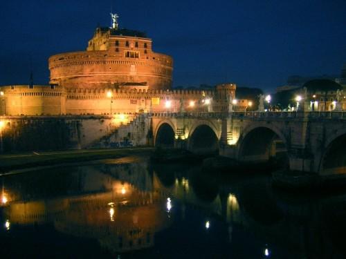 Roma - Castel Sant'Angelo di notte