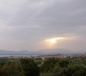 Gli ultimi raggi di sole su Sant'Antioco