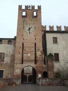 massiccio castello