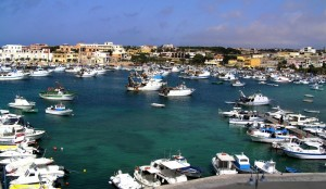 Lampedusa e il suo porto