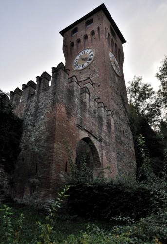 Bazzano - Torre di Bazzano - vista esterna