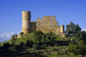 Vista laterale sul castello di Mazzarino