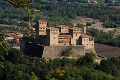 Langhirano - Oh che bel castello dirondiro dirondello