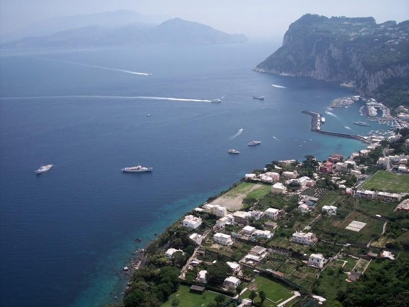 ''isola di capri..navigare a capri….'' - Capri