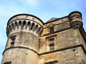 Il castello dove si…